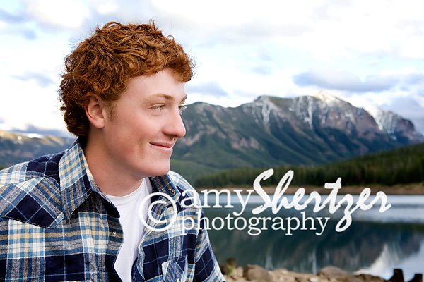 Bozeman senior boy with a mountainous backdrop