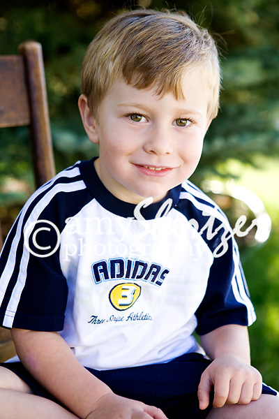 Bozeman boy poses for his preschool photo