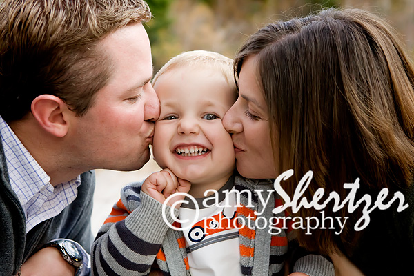 Kisses on the cheek from mom and dad 801b55119